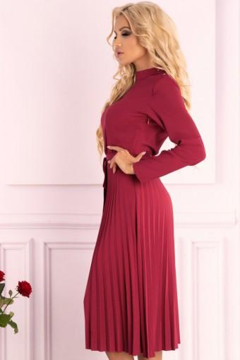 Bordowa sukienka midi z plisowanym dołem