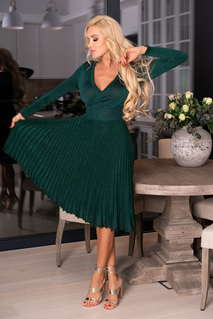 Zielona sukienka plisowana midi