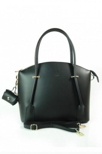 Czarna torebka skórzana kuferek