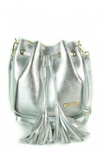 Skórzana torebka listonoszka worek srebrna