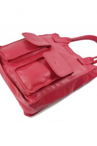 Malinowa torebka worek skórzany