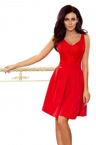 Czerwona sukienka na ramiączkach z koronową górą