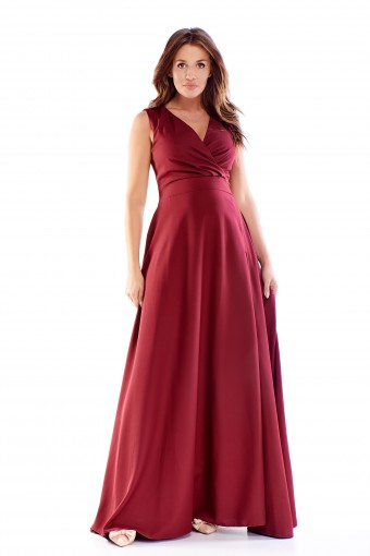 Bordowa sukienka maxi rozkloszowana