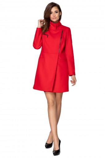 Czerwony płaszcz na zamek