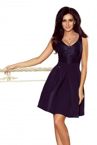 Granatowa sukienka na szerokich ramiączkach