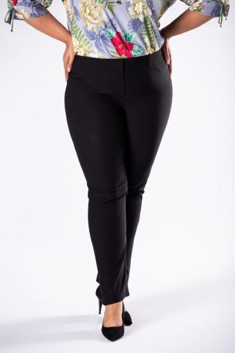 Czarne spodnie z prostymi nogawkami