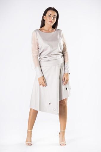 Szara bluzka z asymetryczną spódnicą