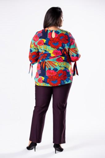 Fioletowe spodnie z prostymi nogawkami