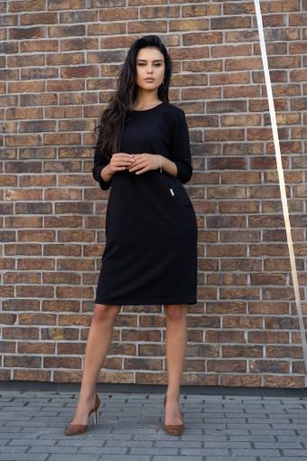 Dzianinowa czarna sukienka do kolan