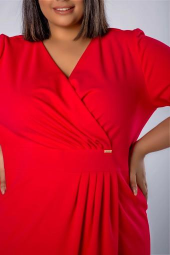 Czerwona sukienka kopertowa
