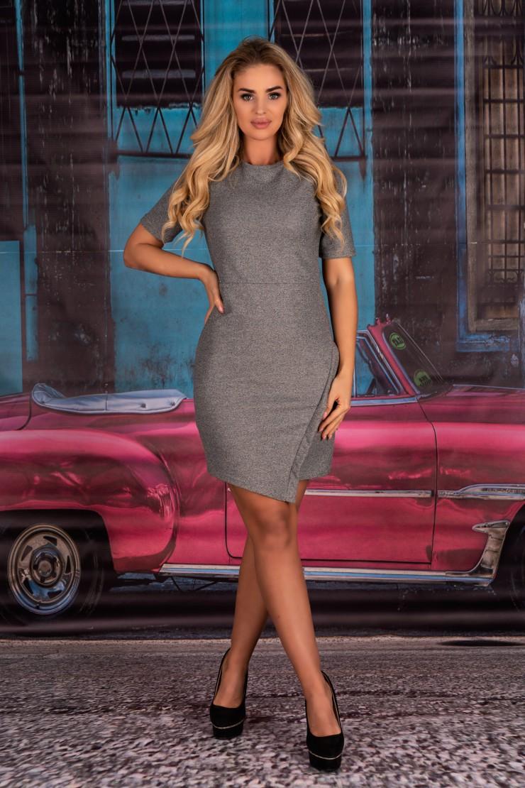 Szara sukienka z krótkim rękawem