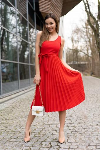 Sukienka midi czerwona