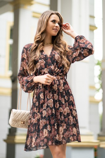 Sukienka w kwiaty z plisowanym dołem
