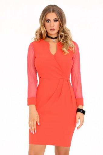 Koralowa sukienka z tiulowymi rękawami