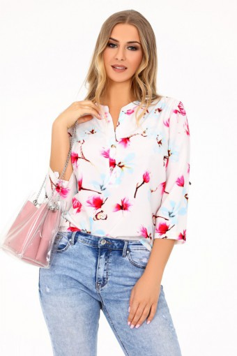 Biała bluzka w kwiaty