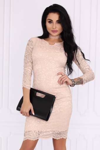 Różowa sukienka mini koronkowa