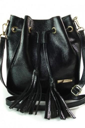 Skórzana torebka listonoszka worek czarna
