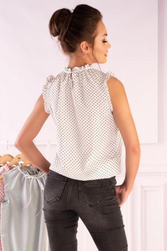 Biała bluzka ze stójką bez rękawów w czarne kropki
