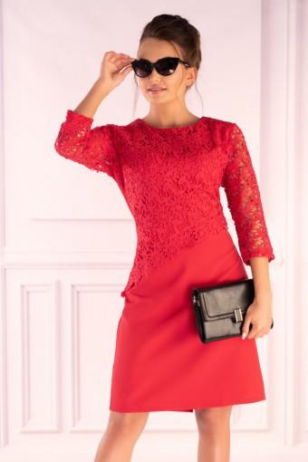 Czerwona sukienka z koronkową górą