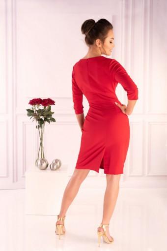 Czerwona sukienka do kolan
