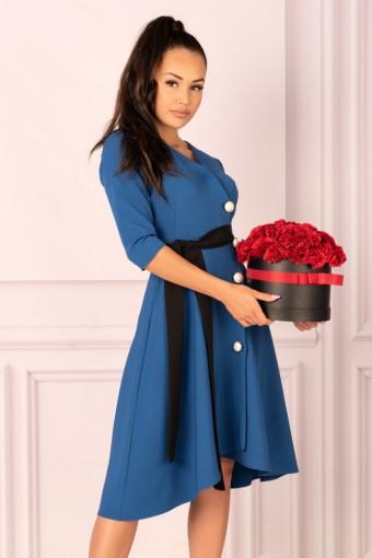 Niebieska sukienka rozkloszowana asymetryczna