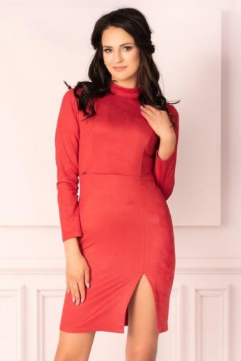 Czerwona sukienka ze stójką